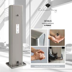 Dispenser in acciaio Inox a pedale per igienizzante mani