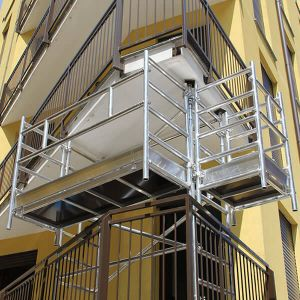 Ponteggio a sbalzo per balconi in alluminio