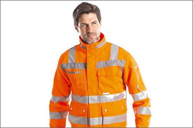 Abbigliamento di protezione a dissipazione di carica elettrostatica